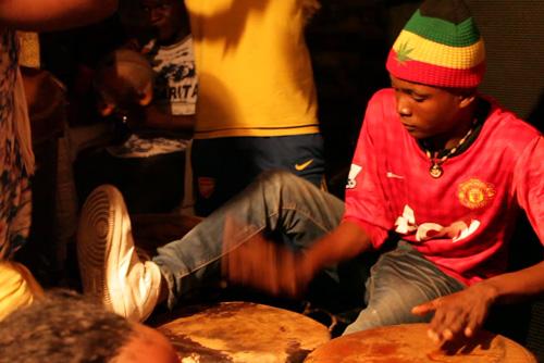 WE RUN THE ROCK CITY: NGOMA BAIKOKO NDANI YA VILLA PARK>>>